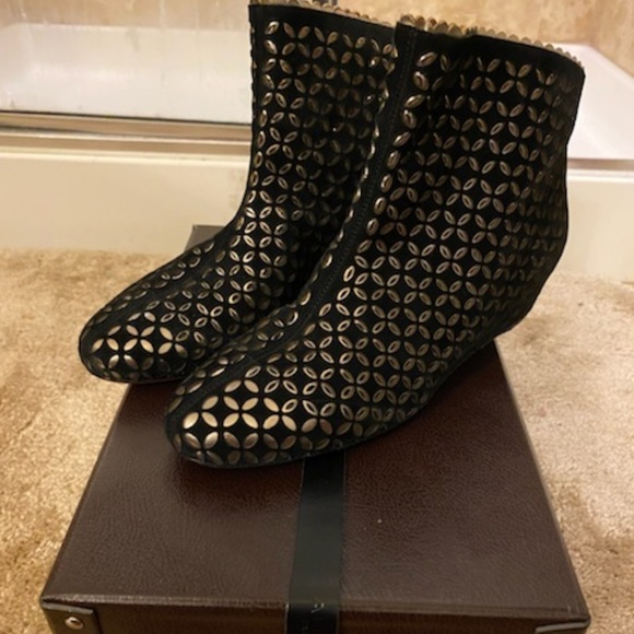 Alaia Laser Cut Ankle Boots, Size 39""